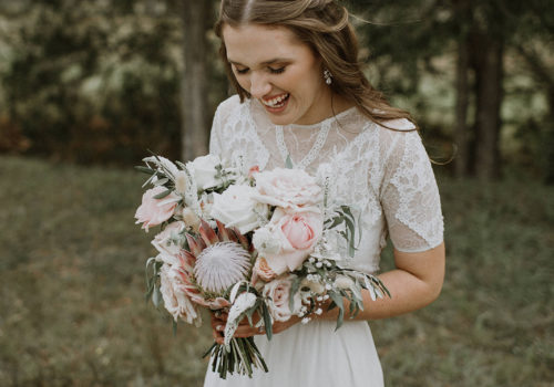 Brides Dress: Graces Loves Lace