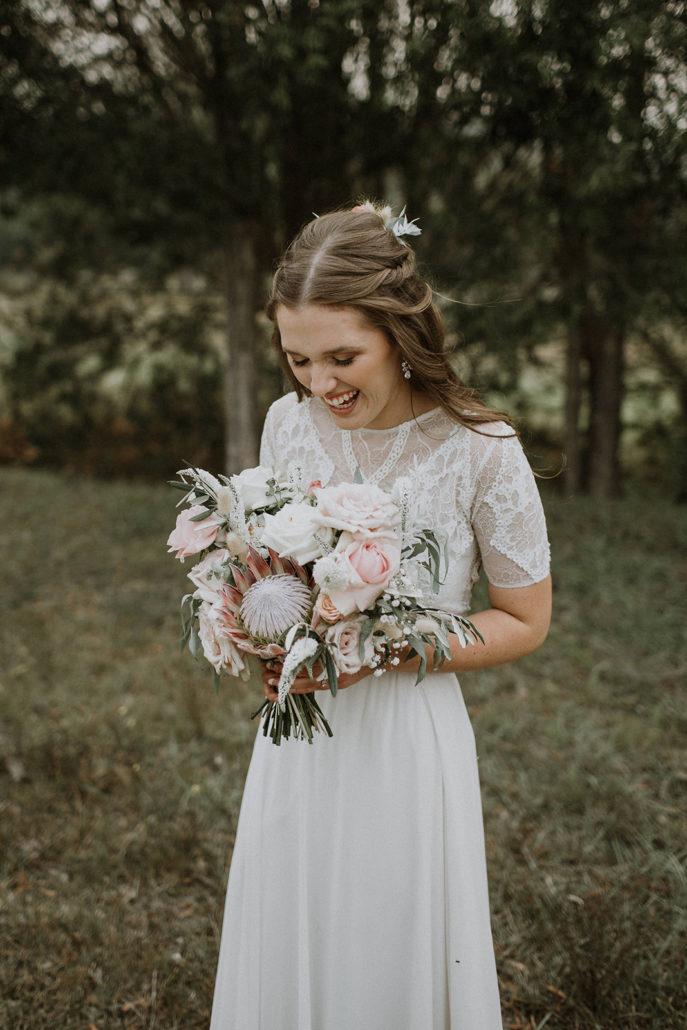 Brides Dress: Graces Loves Lace